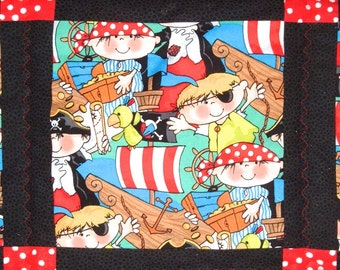 Pirate Twin Quilt and Pillowcase in Red and Black