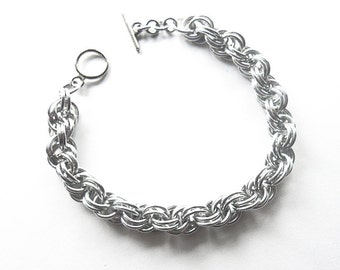 Simple chainmaille bracelet, Unisex chainmaille jewelry, Double spiral weave, Aluminum bracelet