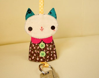 Brown kitty key cover