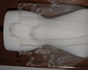 Swarovski Crystal Butterfly and Daisy Embroidered Veil