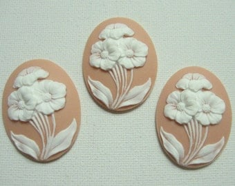New Item 3 pieces 40x30mm Orange Flower Bouquet Cameos
