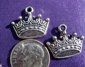 Crown Charm Tibetan Silver jewelry supply 5 pieces