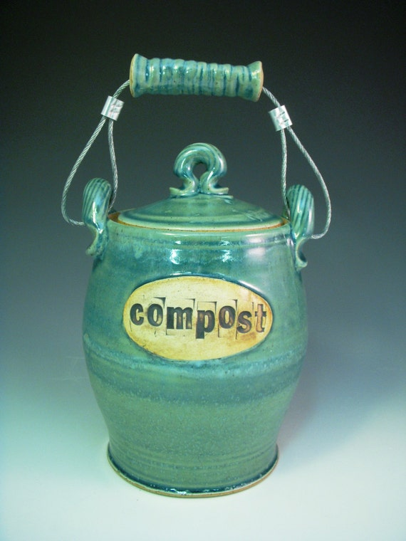 blueberry countertop composting jar for your by OguskyCeramics