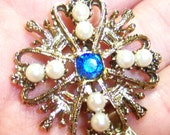 vintage gold tone with white pearl beads and blue rhinestone brooch pin CS513