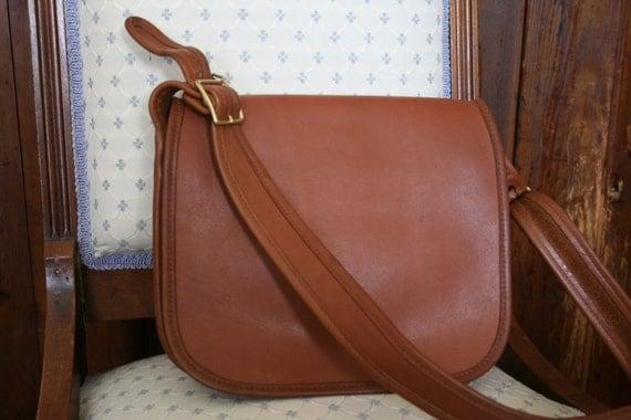 Vintage Coach British Tan Classic Saddle Pouch Bag Handbag