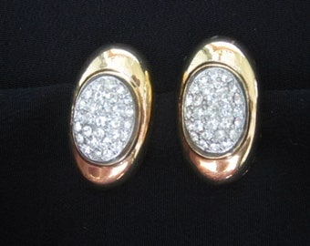RHINESTONE Center in Gold Tone Metal Earrings Clip-ons