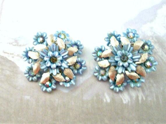 Vintage 1940's Coro Blue Flower Rhinestone Clip On Earrings - Wedding Earrings - VisionsOfOlde