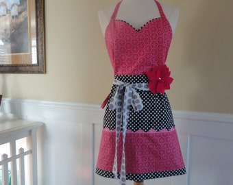 "4RetroSisters Pockets & More ""Barbie Style""  -Women's Raspberry Retro Modern Work or Vendor Apron -"