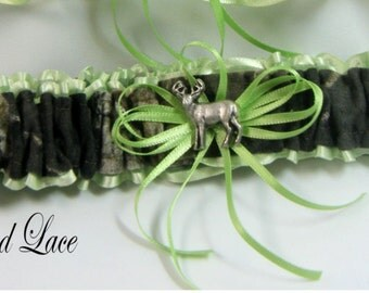 MOSSY OAK CAMOUFLAGE wedding garters Deer Camo garter Lime Toss