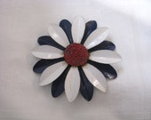 Blue & white vintage enamel flower pin flower brooch with red textured center