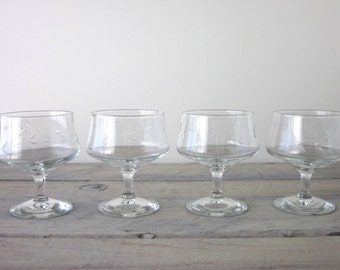 Vintage Etched Glass Compotes Footed Dessert Bowls Set of Four