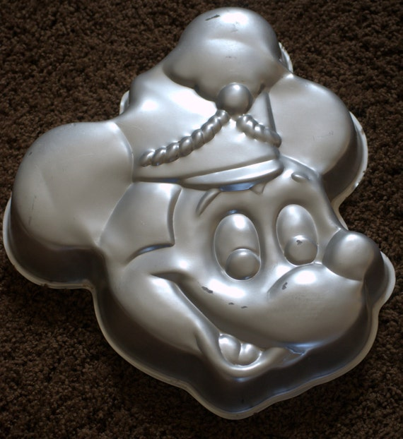 mickey mouse cake pan vintage pan mickey mouse band leader walt by ginasvintageshop 5879