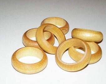8  Wooden Napkin Rings