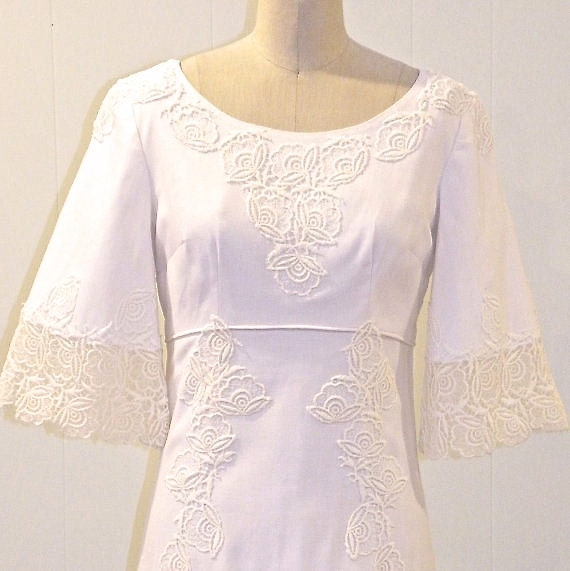 Wedding Dresses With Bell Sleeves: 60s Wedding Dress 1960s Boho Bride Empire Waist Wedding Gown