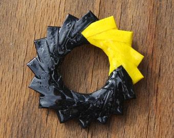 Origami Modular Round Broach - Bright Yellow