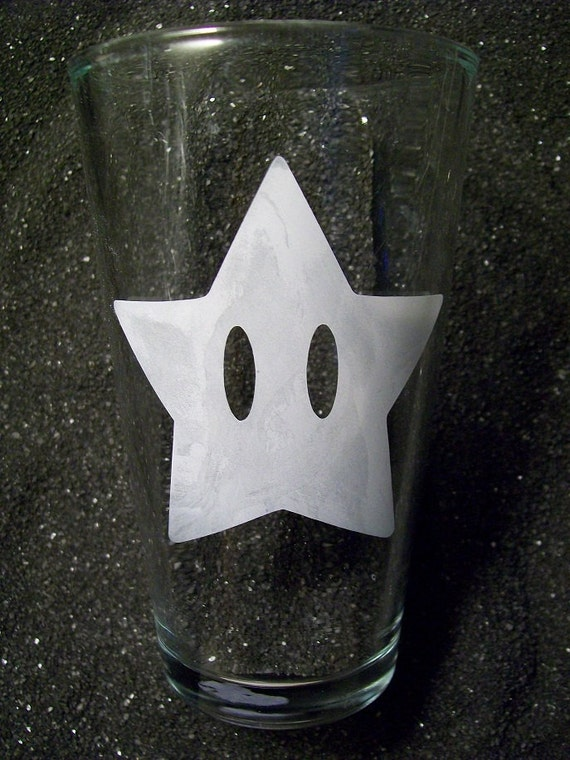 Mario Star etched pint glass tumbler