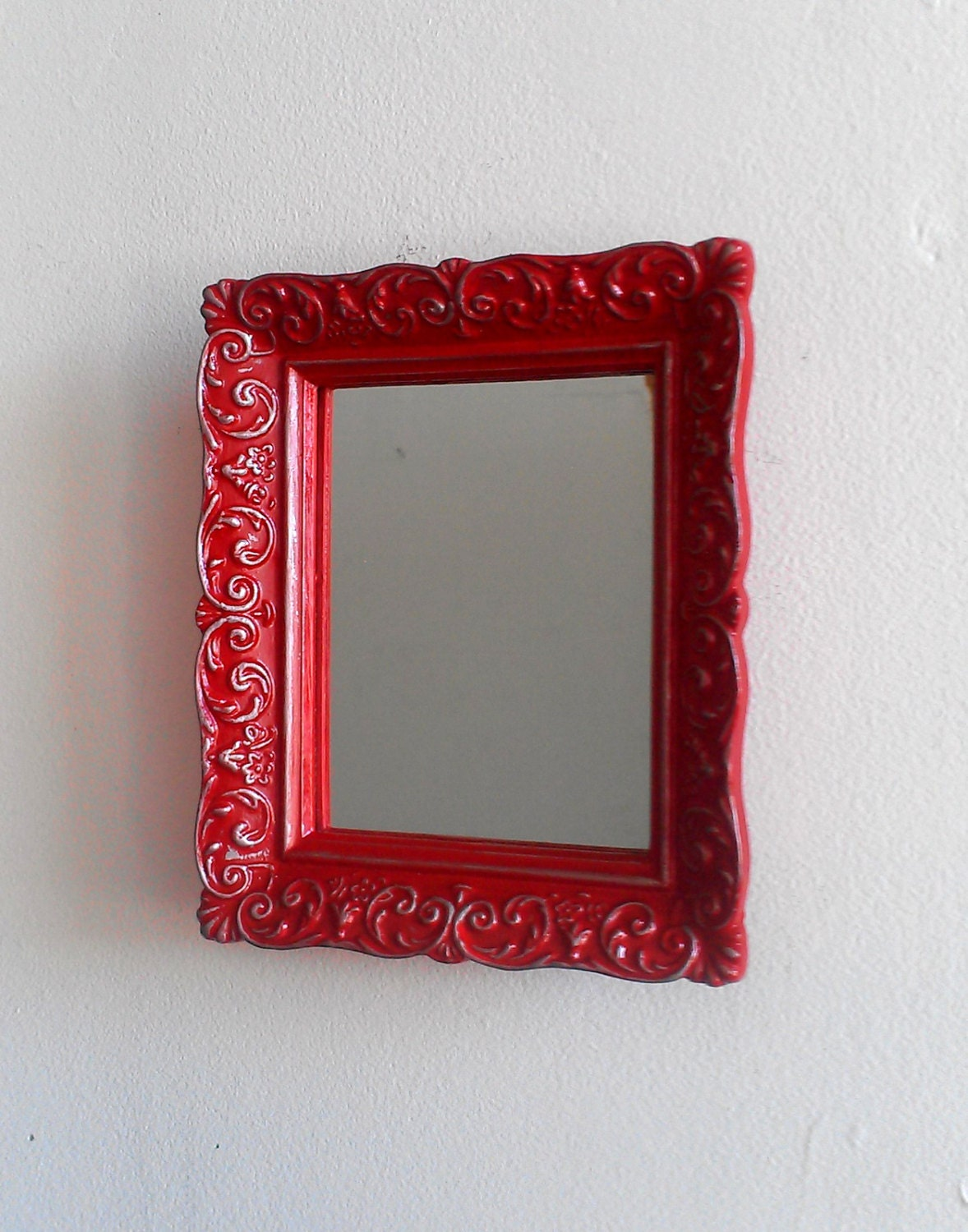 Decorative accent mirror in small vintage by for Small decorative mirrors