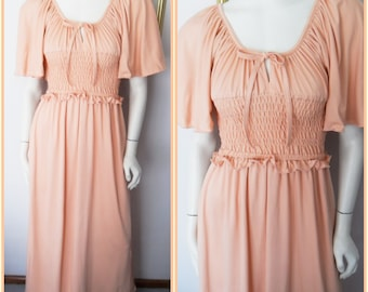 Vtg.70s Peach Angel Sleeve Gypsy Hippie Smocked Maxi Dress.S/M.Bust up to 38.Waist 22-32.