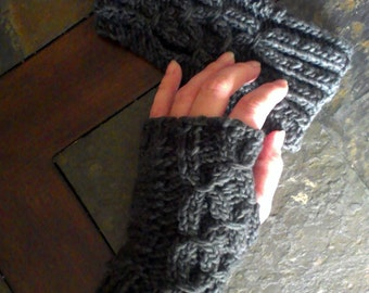 gray fingerless gloves - fingerless gloves - womens mittens - hand warmers grey hand warmers  - women's fingerless gloves