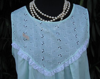 Vintage Gilead Pale Green Nightgown / NOS / New w/Original Tag