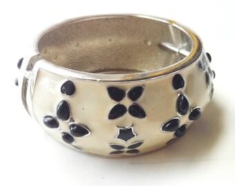Bangle Bracelet , Wide Cuff , Vintage Stacking Bangle ,Enamel Jewelry, Hinged Bracelet by Taneesi