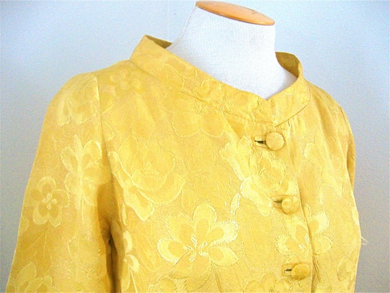 Vintage 50s Brocade Satin Jacket Blouse Golden Yellow Floral Pattern