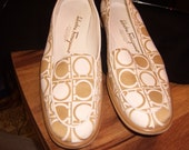 RESERVED Salvatore Ferragamo Boutique Loafers 8.5 A Cream and Tan
