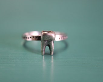 Silver Sweet Tooth Stacking Ring. Sterling silver tooth stacking ring. Wisdom tooth jewelry. Tooth fairy molar ring.