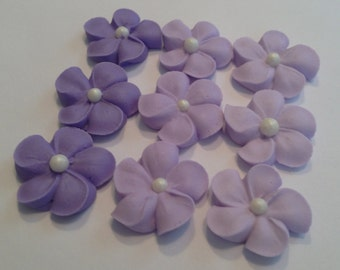 LOT of 100 royal icing flowers with sugar pearl 3 shades of purple
