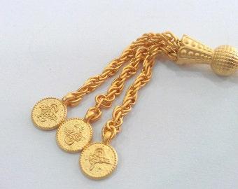 1 Pc Gold Plated  Tassel  Pendant  G539
