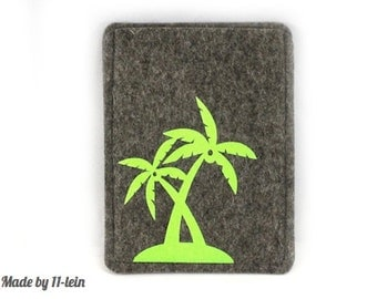 Passport cover made of wool felt with palm tree