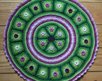 Grannies in a Round - crochet pattern, pdf