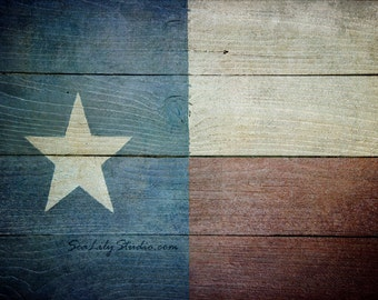 Lone Star : texas flag photo distressed wood photography patriotic red white blue americana home decor 8x12 12x18 16x24 20x30 24x36