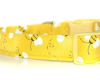Honey Bee Custom Dog Collar, great for spring and summer