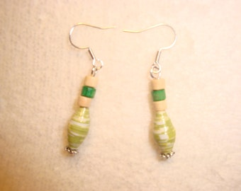 Rolled recycled paper bead earrings