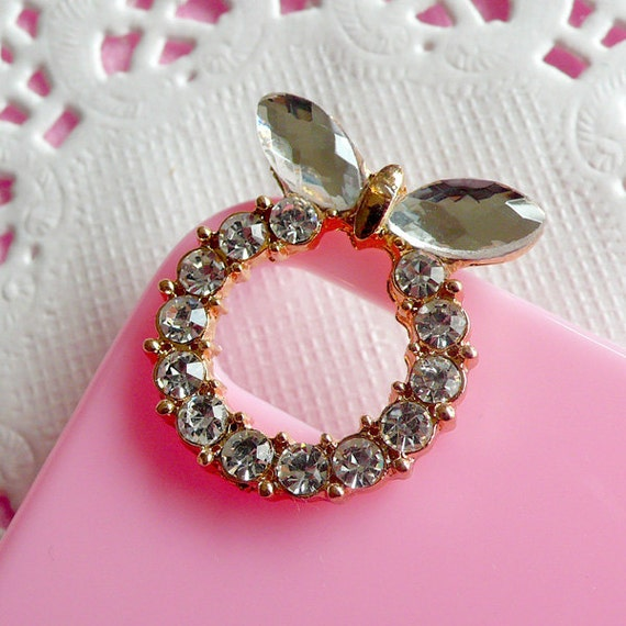 Camera hole decoration for iphone 4 case bling by for Decoration hole