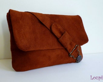 Pouch bag brown leather