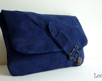 Pouch bag blue leather