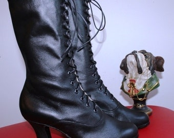 Victorian BOOTIES Victorian shoes Historical boots in black leather Ankle heeled boots Custom size shoes
