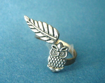 owl ring with a leaf wrap style 2, adjustable ring, animal ring, silver ring, statement ring