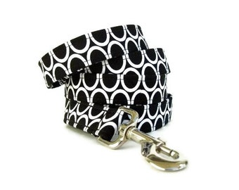 Black and White Dog Leash - Circles On Black - 4 Foot, 5 Foot or 6 Foot