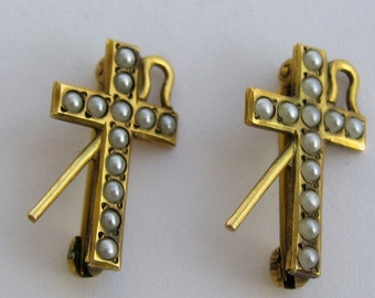 10k Gold Scatter Pins/ Gold Cross Brooch/  GOLD SEED PEARL Cross  W/ Staff 11258