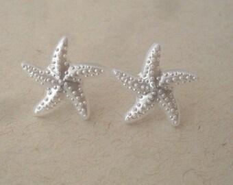 pearl starfish earrings // studs, post earrings, pearl white starfish