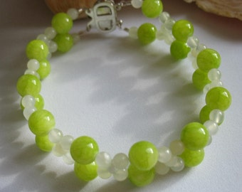 Green Lime New Jade Beaded Bracelet, Box Clasp