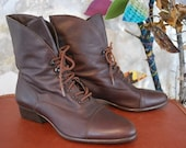 VTG 80s /  Leather / Brown BOOT / size 8.5 / Lace up / Indie Urban