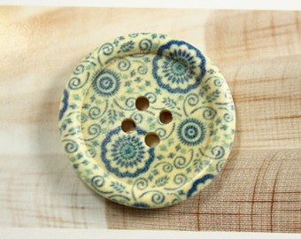 Flower Wooden Buttons -  Aged Blue Bouquet Picture Domed Border Wooden Buttons. 1.18 inch. 6 in a set