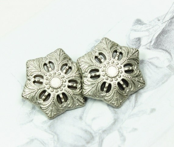 Metal Buttons - Snowflake Metal Buttons , Shiny Silver Color , Shank , 0.79 inch , 10 pcs