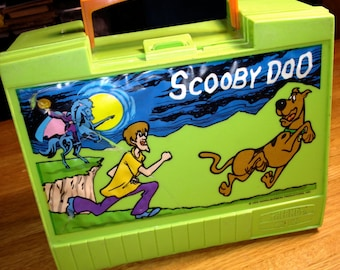 vintage 1973 Hanna-Barbera lime green Scooby Doo previously puffy plastic lunch box RAD