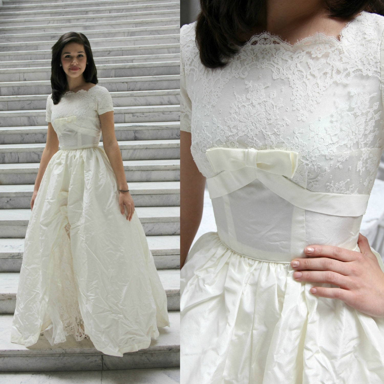 1950 39 s grace kelly wedding gown princess cut vintage for Princess grace wedding dress