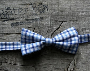 Light blue and dark blue gingham little boy bow tie - photo prop, wedding, ring bearer, accessory